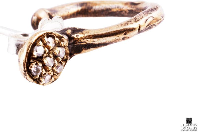 Orecchino Medulla mini | bronzo |