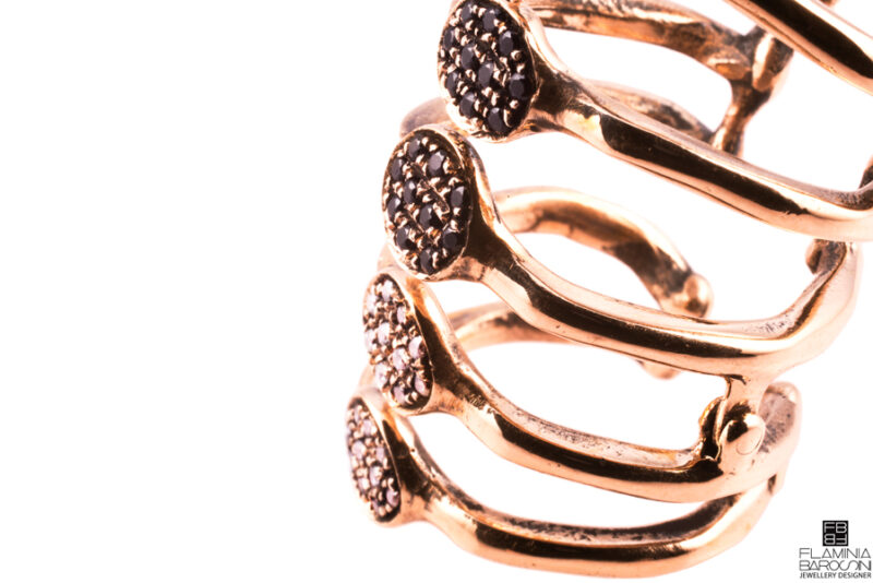 Anello dito Dendrite zirconi bianchi e neri